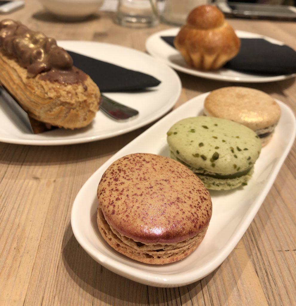 berlin pastry place choux desserts Du Bonheur macarons